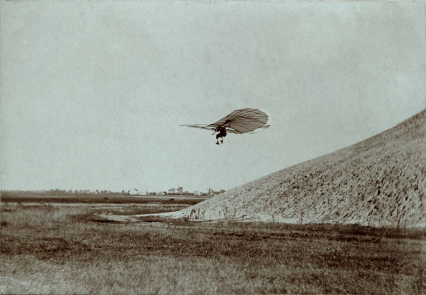 Otto Lilienthal on Fliegeberg by Ottomar Anschutz, 1884